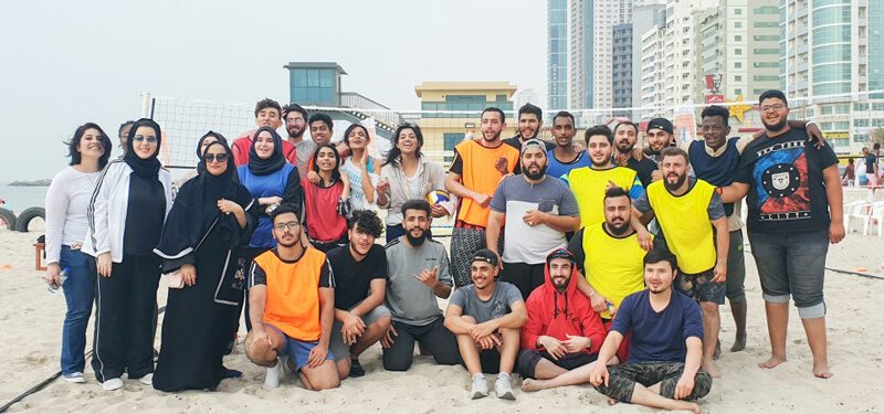 تحدي اللياقة البدنية على الشاطىء